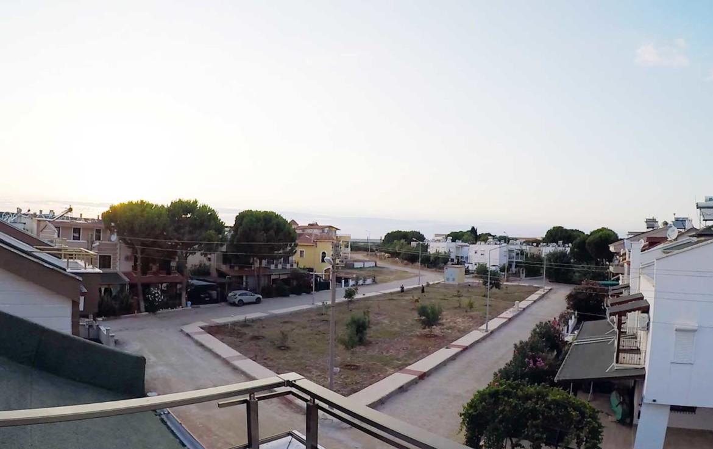 Teras Manzara: önü açık, park, doğa ve şehir manzarası